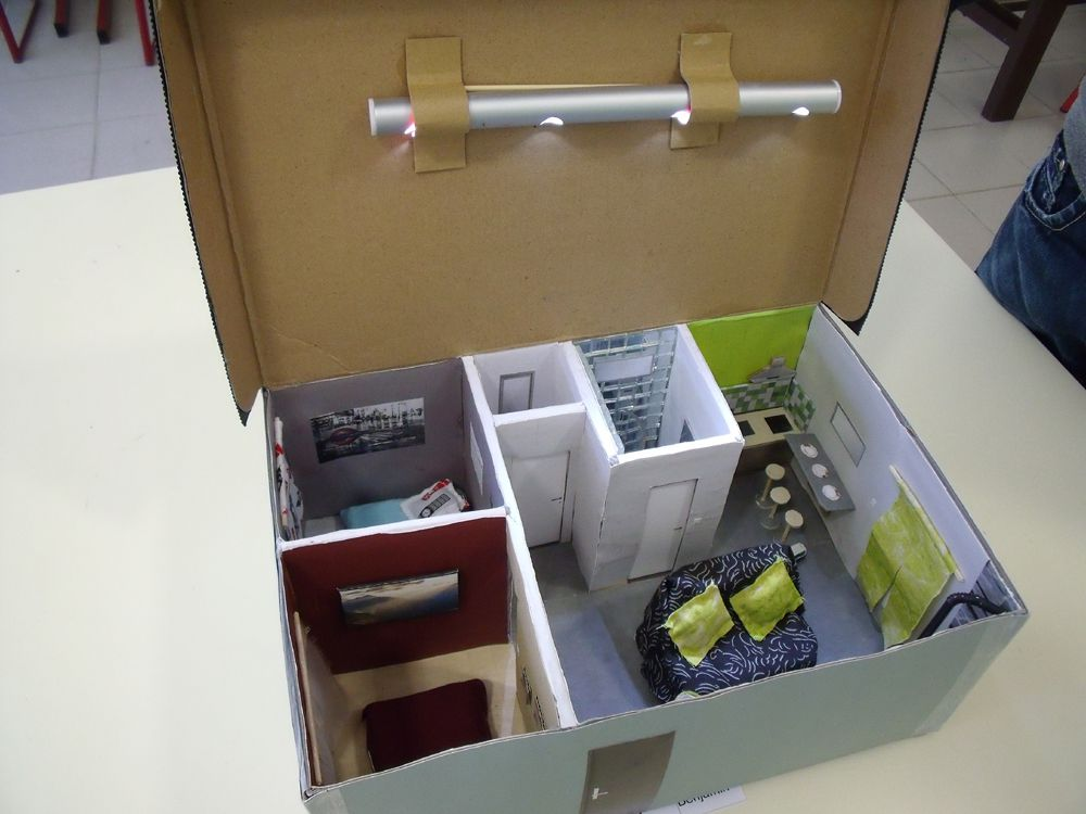 Packaging and shoes on pinterest - Maison en boite a chaussure ...
